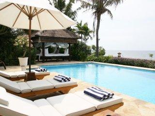 Four Bedroom Beachfront Villa Segara Indah Bali