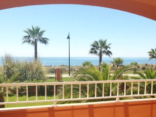 Idyllic beachside apartment 50m from the sea