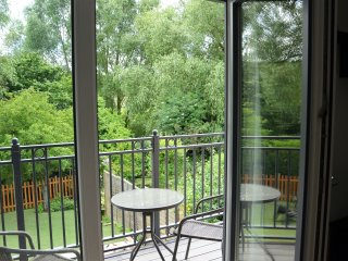 New one Bed flat over looking the river Wye