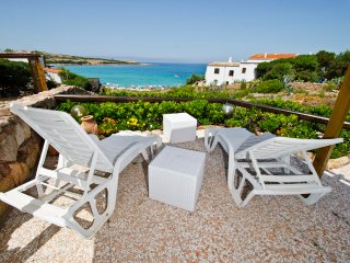 Casa sulla spiaggia Marinedda  con vista mare, Isola Rossa