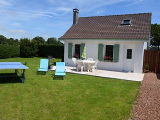 Gîte Little House avec jardin, parking, wifi, tv, Wailly-Beaucamp