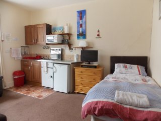 Holly- Lets -Self Catering Apart' 6