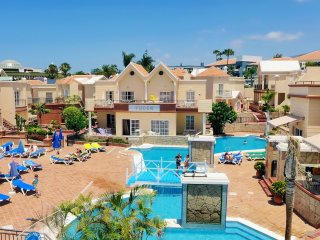 Luxury apartment 2 bdr. near Fanabe beach, Los Cristianos