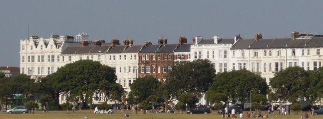 Il nostro edificio visti da oltre Southsea Common