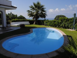 Appartamento in villa con giardino e private pool, Diamante