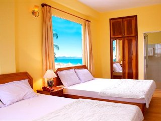 Twin Beds in Nha Trang!