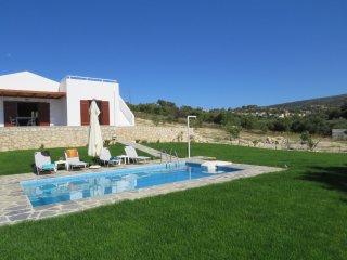 Villa Euphoria in Kirianna