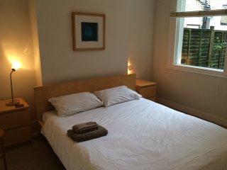 Delightful One bedroom with Garden, London