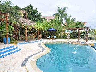 Villa Porto Do Son with private pool, Isla Baru