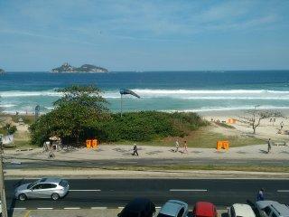 Apartamento frontal mar praia do Pepê 3 quartos, Río de Janeiro