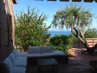 House with fantastic view and a big garden, Porto Santo Stefano