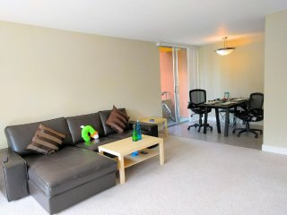 Furnished 2-Bedroom Apartment at Continental Cir & Dale Ave Mountain View, Vue sur la montagne