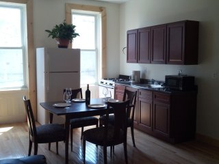 Cooper House Great Studio Apt , 20 minutes to NY