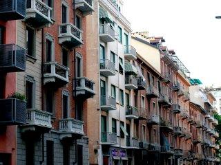 Charming flat near the metro