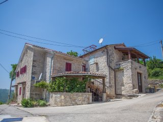 Guesthouse Jane&Romy, includes 2 appartments, Motovun