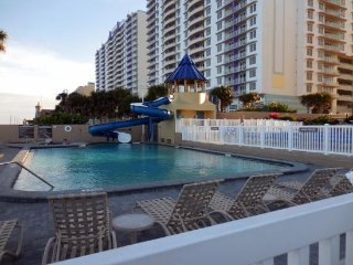 DAYTONA BEACH **1BR Condo** Daytona Beach Regency