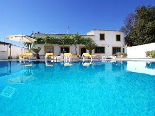 Soleada Casa de Campo con Piscina y Barbacoa, Palma de Mallorca
