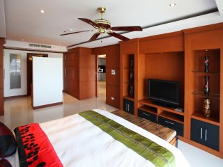 Spacious 1BR in Pattaya!, Chonburi