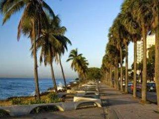 El Malecón, just a few minutes away.