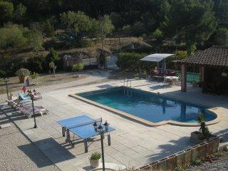 Appartement  avec piscine privée 5 PERS.  MAXI, Roquefort-la-Bedoule