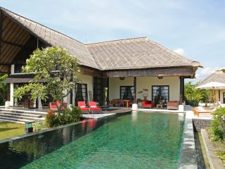 Bali Lovina 5* Beach Villa ANAMAYA, Lovina Beach