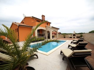 New luxurious Vila Dragica Croatia**** with a pool, Pula