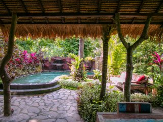 Rumah Sumatra garden view