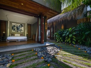 Bali Kuta Holiday Villa 10007