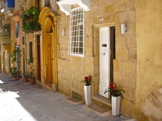 1 Bedroom Boutique Maisonette in Valletta