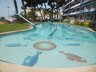 Apartamento con piscina en 1ª linea de mar, Canet de Mar