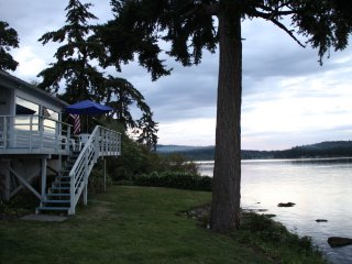 Beach cabin on Rich Passage, Port Orchard