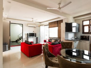 Luxury Prestige Apartment 3BHK at cheapest price, New Delhi