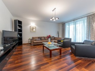 3 Bed. Apartment PATRIA LUX, Varsavia