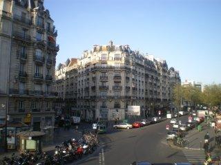 BASTILLE/MARAIS~ 5BR /5BATH TOWNHOUSE~SLEEPS 13!, París