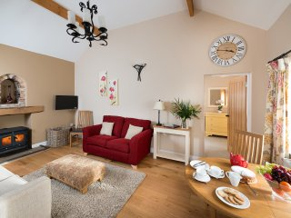 5* Gold Luxury Cottage - Yew Tree Cottage, Howden