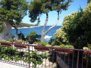Sunset apartment, next to the sea in Postira, Brac