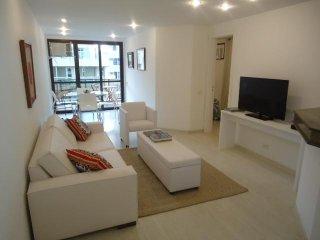 Ipanema - 2 bedrooms OFRS602, Rio de Janeiro