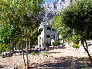 Dalmatian House In Quiet Surroundings, Makarska