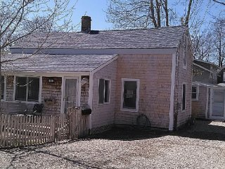 3 bedroom 2 bath Fully remodeled home, Falmouth