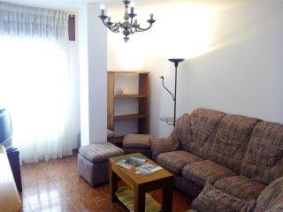 Apartamento económico y céntrico en Ribeira (2º Esq)