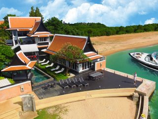 Luxury 5 star Beach Villa 6 bedroom on the beach, Pattaya
