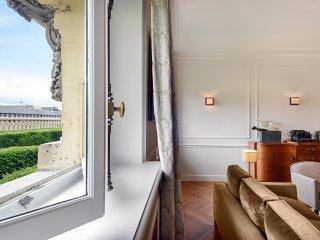 Palais Royal Luxury Two Bedroom, Paris