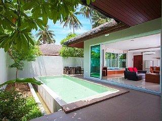 Modern resort pool villa with 2 beds, Koh Samui