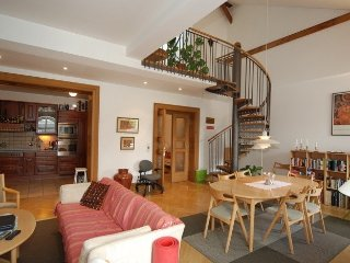 Two-Bedroom Melody Apartment, Praag
