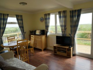 23B MEDMERRY PARK HOLIDAY VILLAGE, Chichester