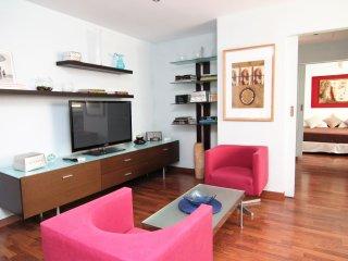 Acogedor apartamento en Cortes centro Madrid