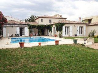 Grande Villa avec jardin et piscine au calme, Montpellier