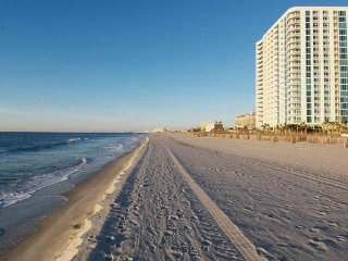 Wyndham Vacation Resort Towers on the Grove-Studio, North Myrtle Beach