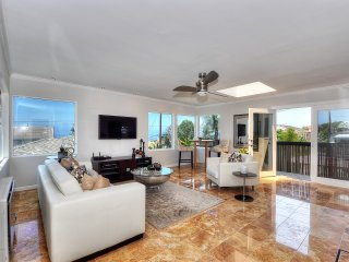 Spectacular Ocean View Beach Home w Panoramic View..Walk to the Beach