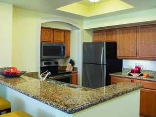 BEAUTIFUL 2 BEDROOM CONDO TO RENT, West Palm Beach